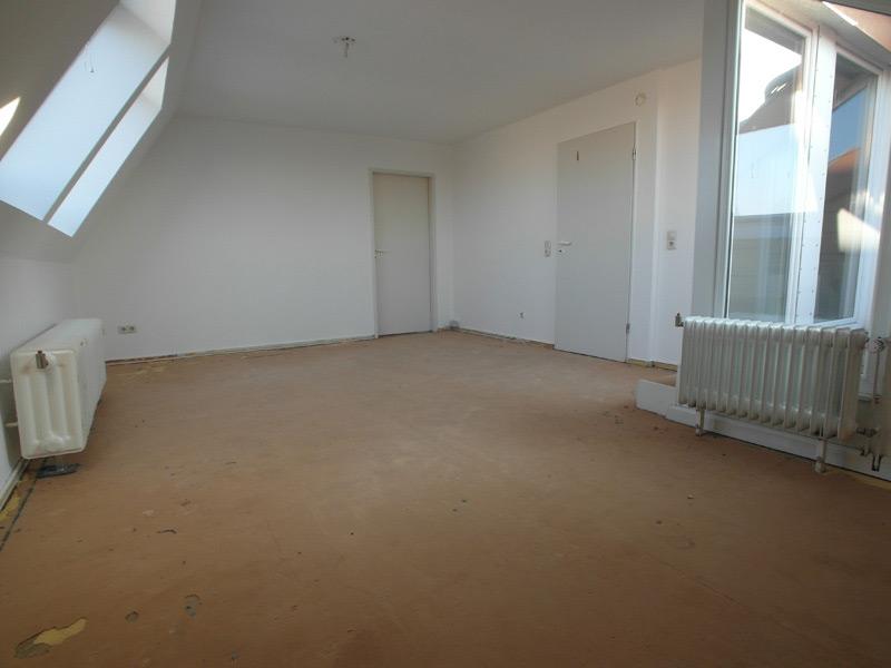 Fußboden ohne Belag in einem leeren Raum