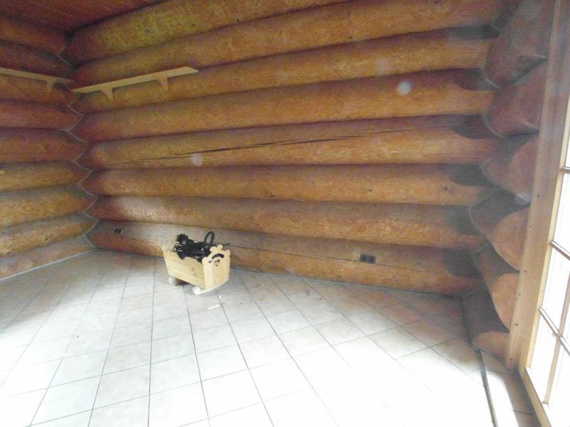 Leeres Zimmer in einem Landhaus